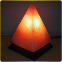 Соляная лампа Пирамида (2,2-2,5 кг)
